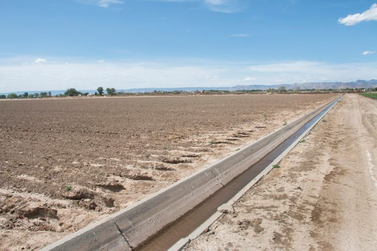 Lateral water diversion photo